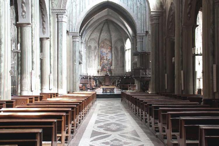 L'interno del Duomo di Biella