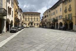 Piazza Cisterna