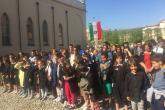 Un gruppo di studenti presenti alla commemorazione